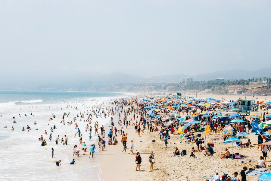 Crowded la beach